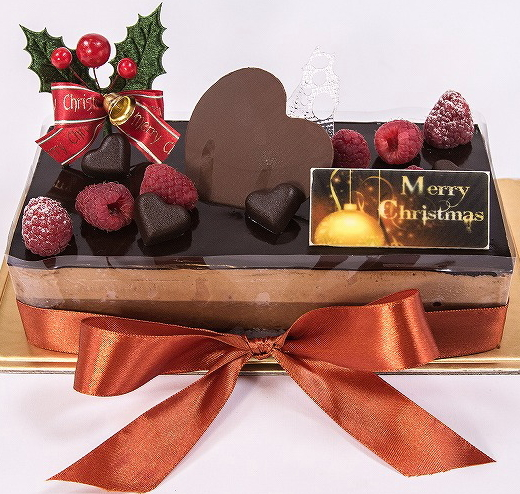 Chocolate Cake Christmas Design : 2012 Bonjour French Pastry Christmas Double Chocolate Cake